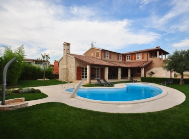 A Luxury Detached Villa & Small Vacation House For Sale, Istria, Croatia